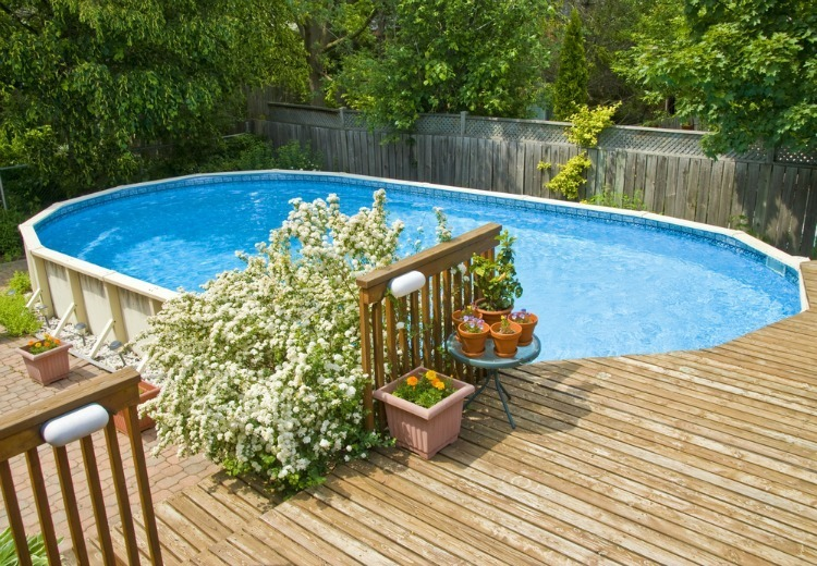 How To Choose Between An In Ground Pool And An Above Ground Pool