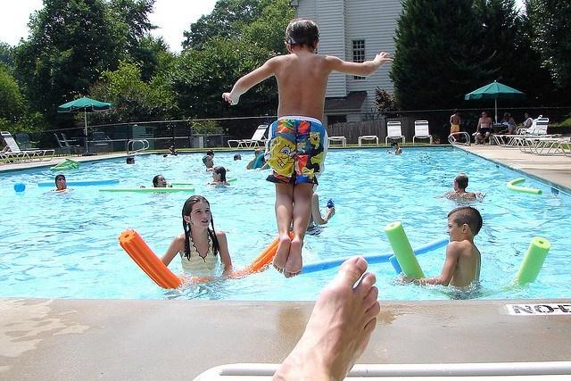 Ensure Safety At Swimming Pool