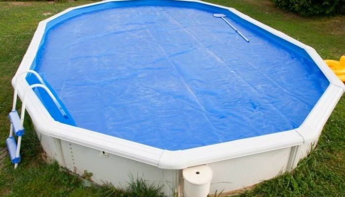 Selecting The Best Pool Solar Cover For Your Swimming Pool