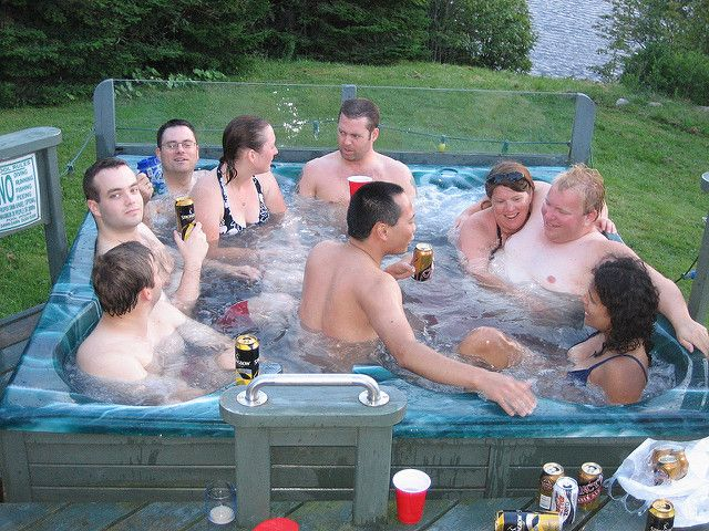 hot tubs safety tips