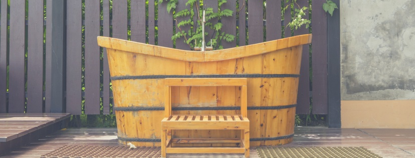Product Reviews of the Best Wooden Bathtubs